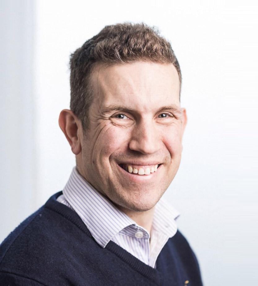 Nev-Davies-Consultant-in-Trauma-Orthopaedics-Reading-Berkshire